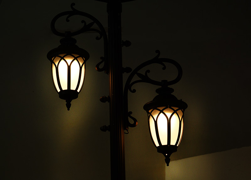 energy saving solar pillar lights supply for decoration-6